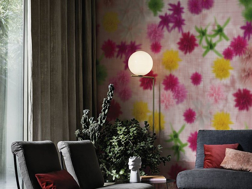 Wallpaper with floral pattern PROFUMO by Wall&decò