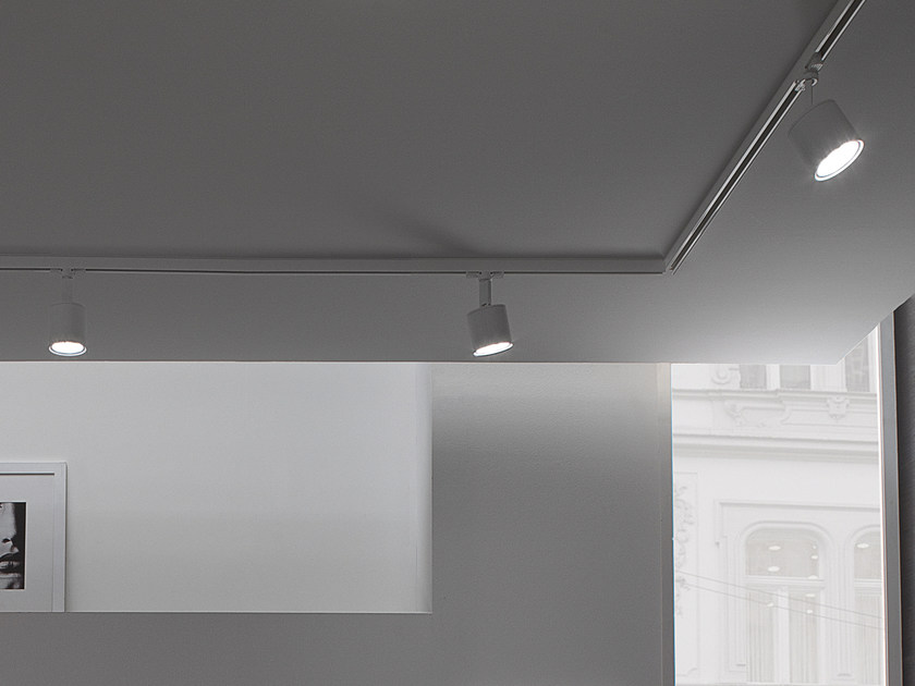 LED adjustable aluminium track-light PROJECTOR | Track-light - GLIP by S.I.L.E