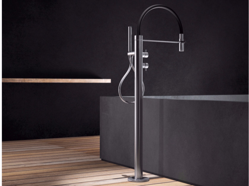 Floor standing stainless steel bathtub mixer with hand shower PV2 - TKI - Radomonte