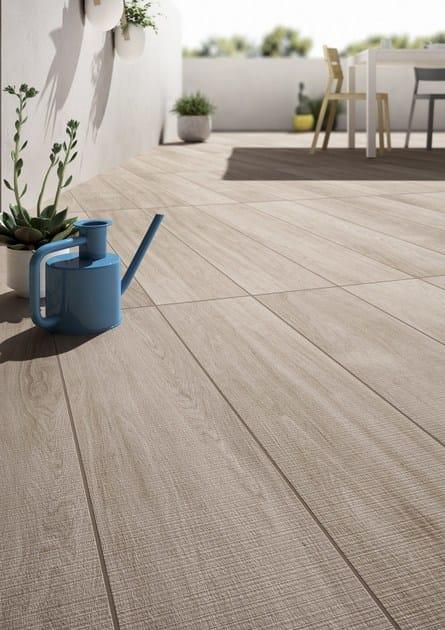 Pavimento in gres porcellanato effetto legno q style for Pavimento ceramica effetto parquet