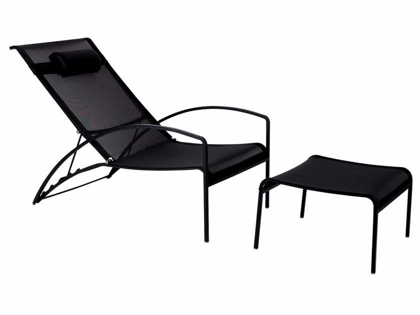 Recliner fabric deck chair with armrests QT | Deck chair by ROYAL BOTANIA