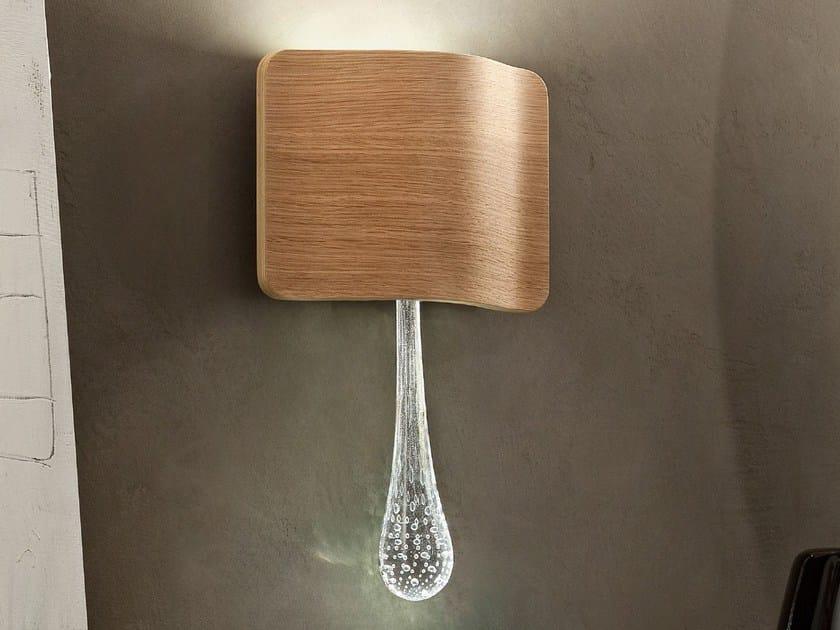 Lampada da parete a LED a luce diretta e indiretta in rovere RIPPLE | Lampada da parete by Masiero