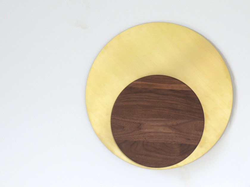 LED indirect light brass wall light RISE SCONCE | Brass wall light by hollis+morris