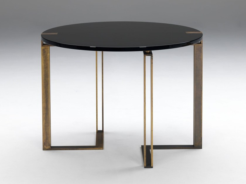 Lacquered round table BLACK AND GOLD | Round table - Paolo Castelli