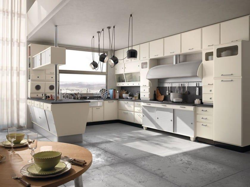 Cucina componibile laccata con penisola SAINT LOUIS - COMPOSIZIONE 03 by Marchi Cucine