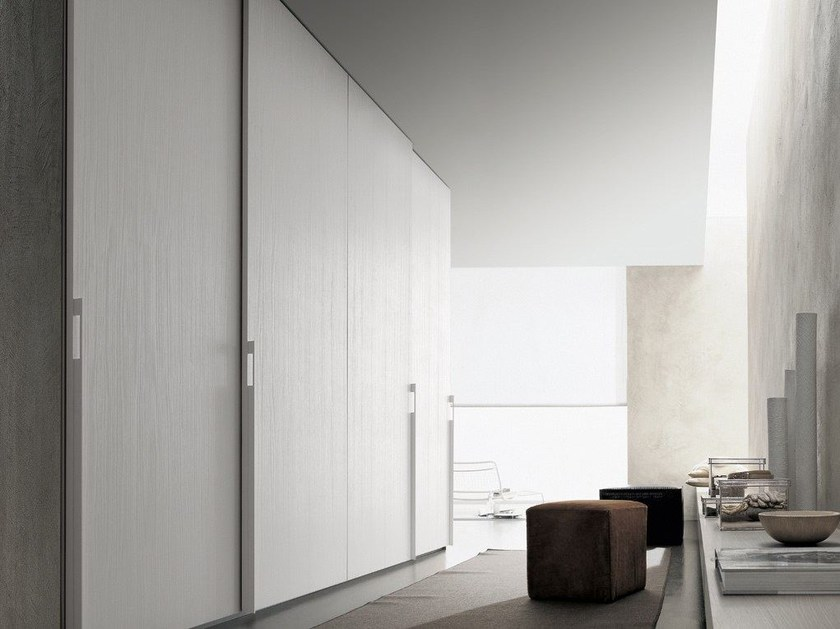 Lacquered wooden wardrobe SAND | Lacquered wardrobe - Poliform