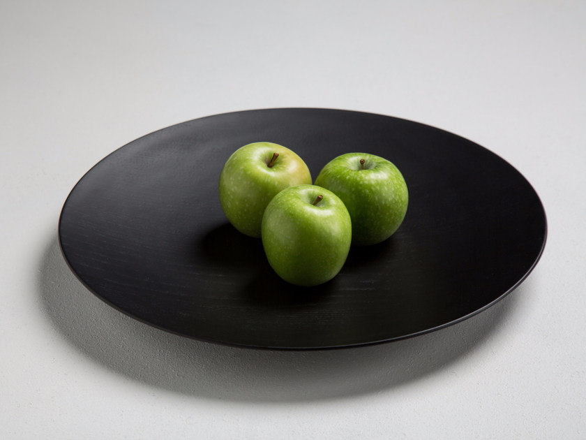 Round oak tray SCHALE 35 - conmoto by Lions at Work
