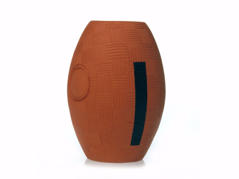 Terracotta vase SECRET IV - Kiasmo