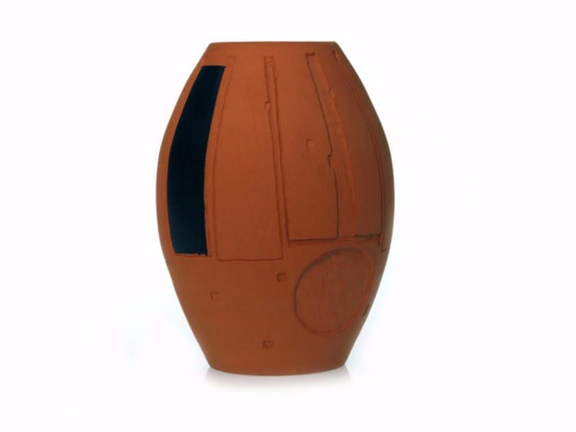 Contemporary style terracotta vase SECRET V - Kiasmo