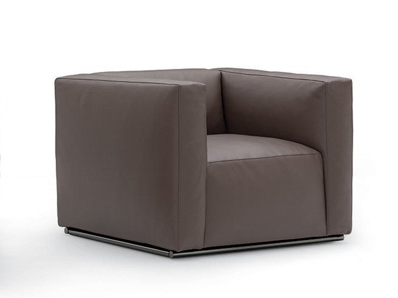Upholstered leather armchair with armrests SHANGAI | Leather armchair - Poliform