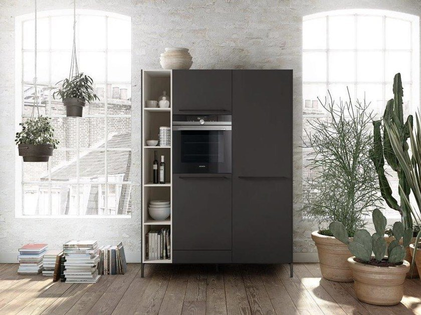 Linear kitchen with handles SieMatic URBAN - SC 10 by SieMatic