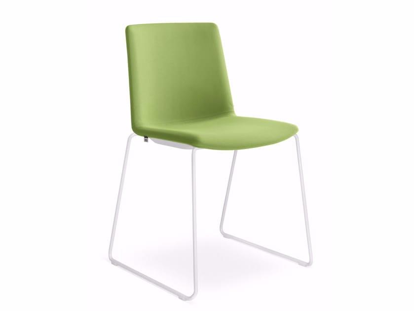 Sedia a slitta imbottita in tessuto per sale d'attesa SKY FRESH 045-N0 by LD Seating