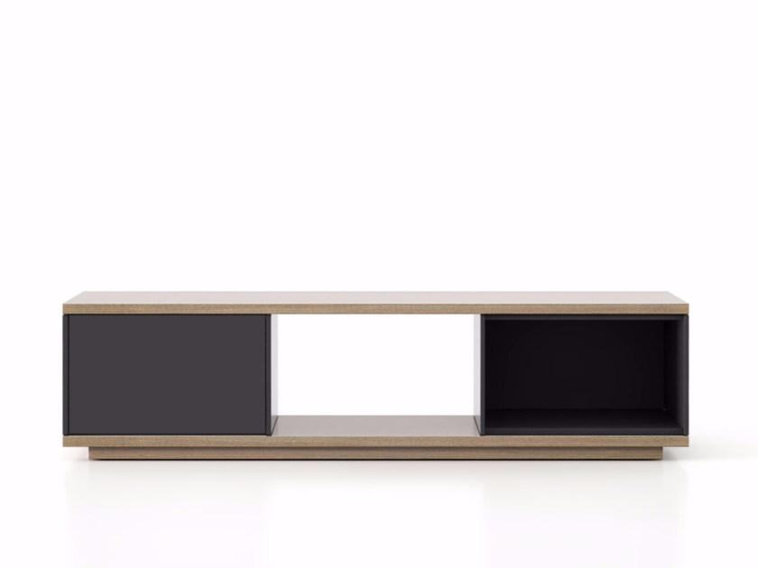 Lacquered wooden sideboard with doors SLT002 | Sideboard with doors - Punt