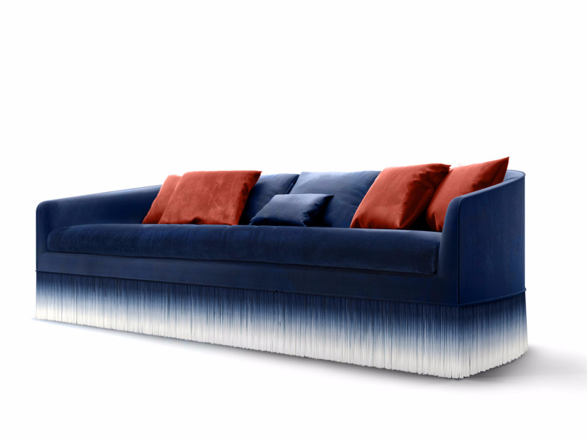 Upholstered fabric sofa AMAMI | Sofa by moooi