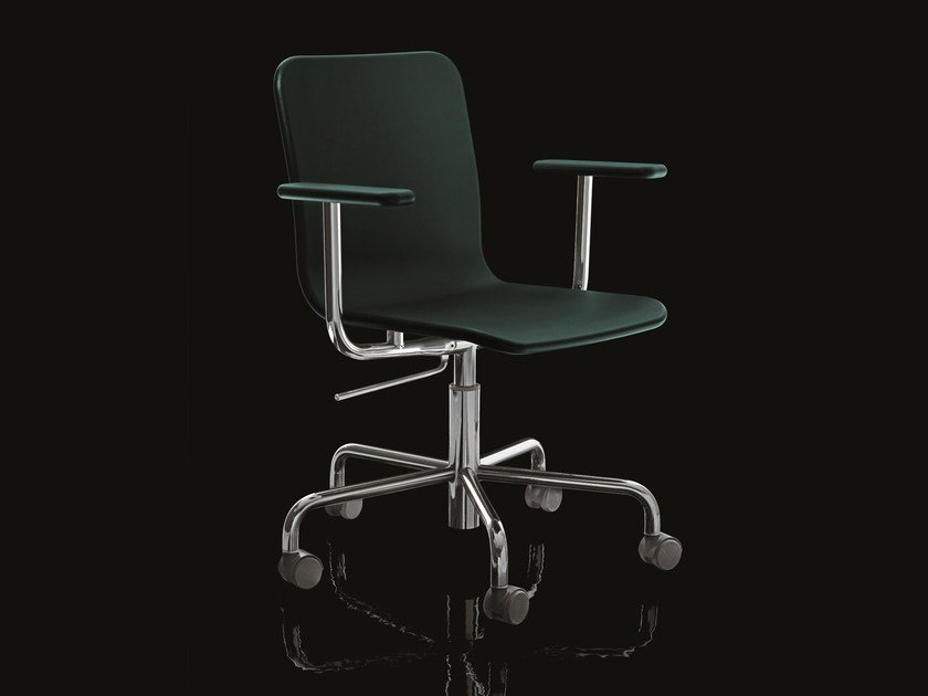 Task chair with 5-Spoke base with casters SOHO - Magis
