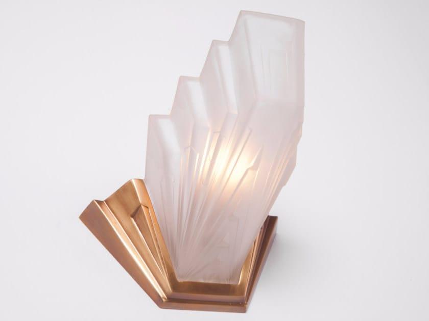 Lampada da parete a luce indiretta in ottone SOLO A 3 | Lampada da parete - Patinas Lighting