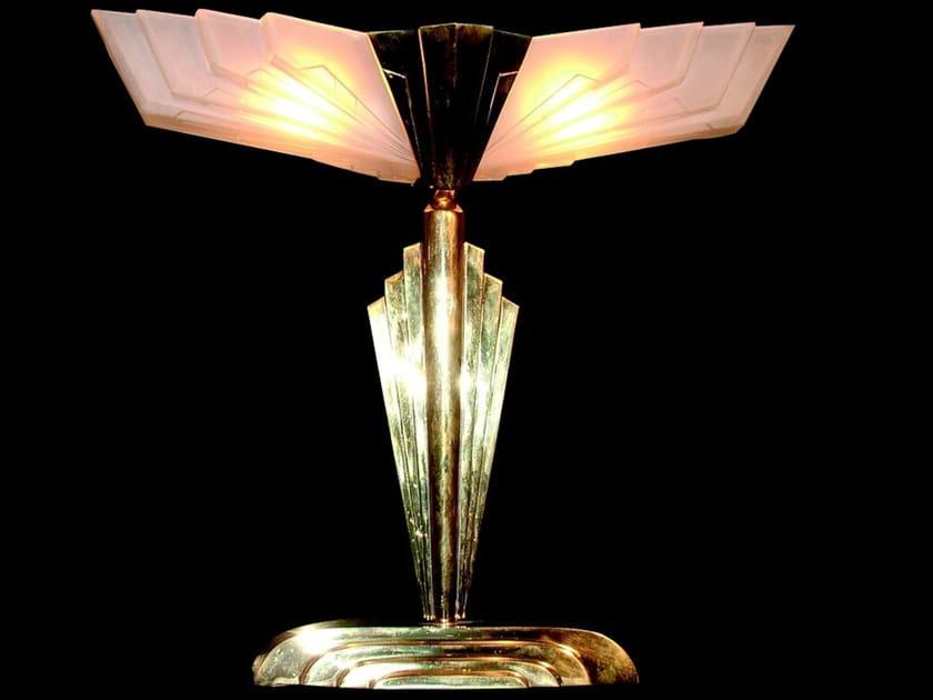 Lampada da tavolo a luce diretta in ottone SOLO A IV | Lampada da tavolo - Patinas Lighting