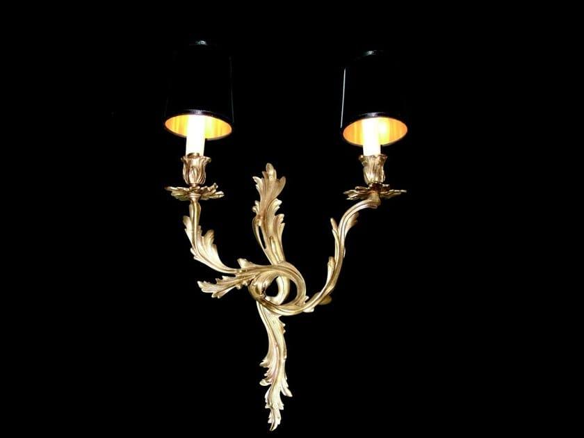 Lampada da parete a luce diretta fatta a mano in ottone SOLO B XII - Patinas Lighting
