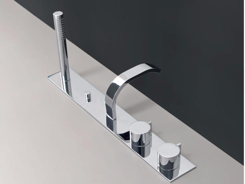 4 hole bathtub set with hand shower SOLO | Bathtub set by Nic Design