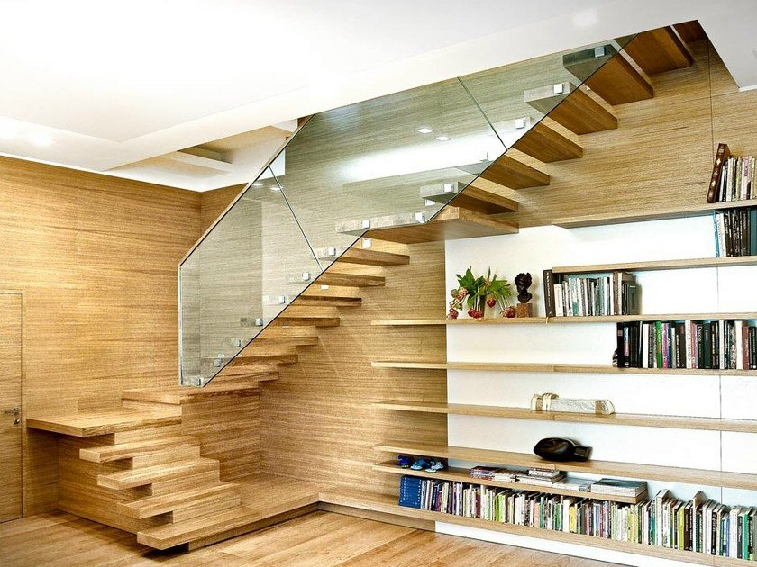Wooden cantilevered staircase SOSPESIA | Wooden cantilevered staircase by OFFICINE SANDRINI