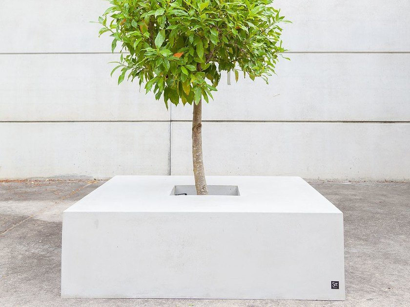 Low concrete Flower pot SQUARE (150) - SIT