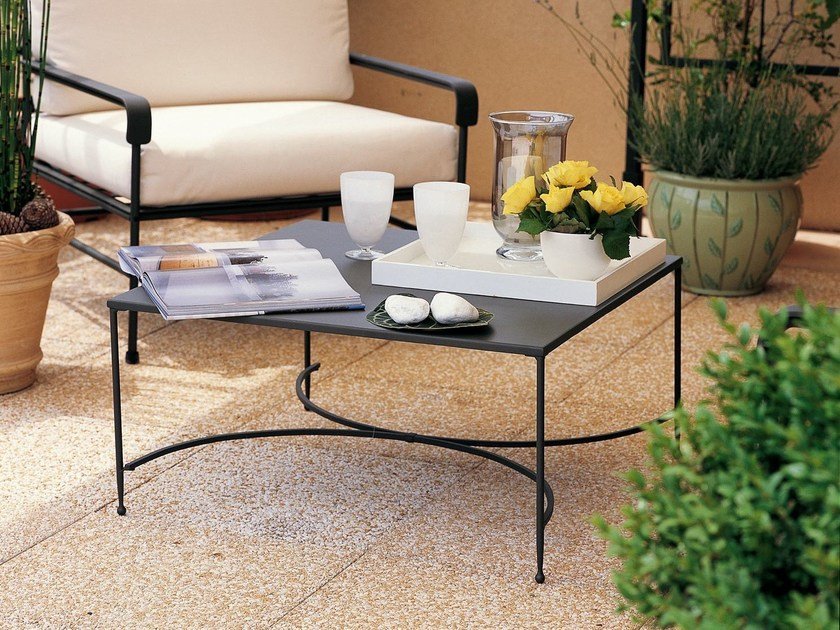 Square iron garden side table TOSCANA   Square coffee table by Unopiù
