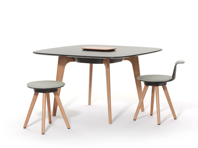 Square meeting table TIMBA TABLE | Square meeting table - BENE
