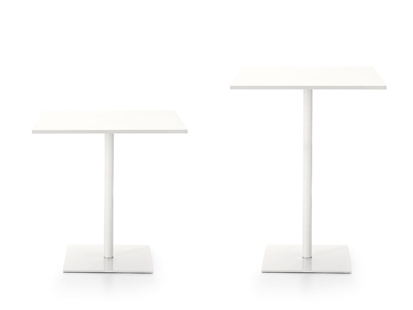Square contract table MULTITASK | Square table - Sinetica Industries