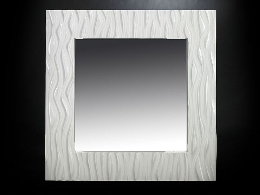 Wall-mounted framed hall mirror ST. MARTIN - VGnewtrend