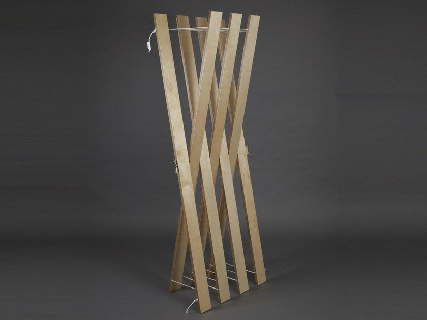 Plywood coat stand STREIPS | Coat stand - AMBIVALENZ