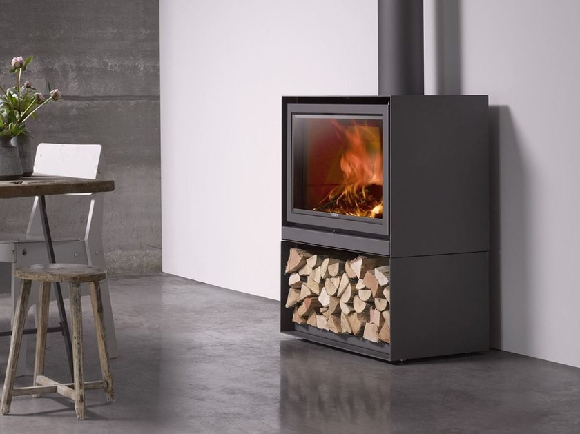 Wood-burning closed fireplace with panoramic glass STÛV 16-H - Stûv