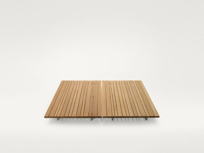 Low square wooden coffee table SUNSET | Square coffee table - Paola Lenti