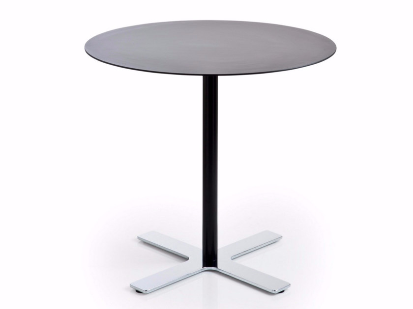 Round HPL table with 4-star base INCROCIO | Round table - Luxy