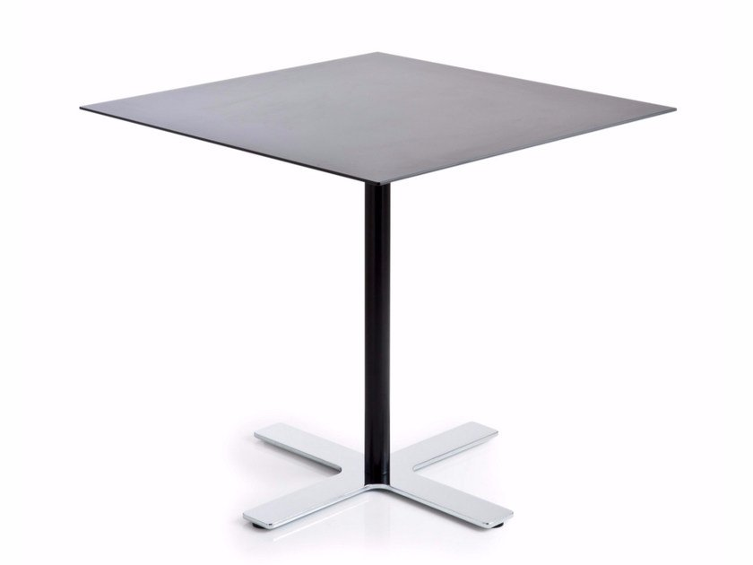Square HPL table with 4-star base INCROCIO | Square table - Luxy