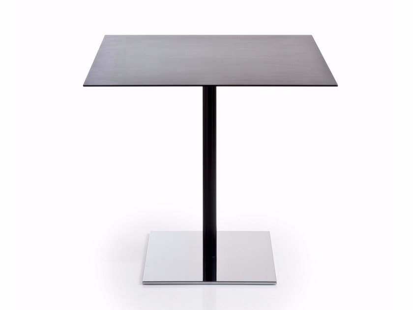Square HPL table with 4-star base INQUADRO | Square table - Luxy