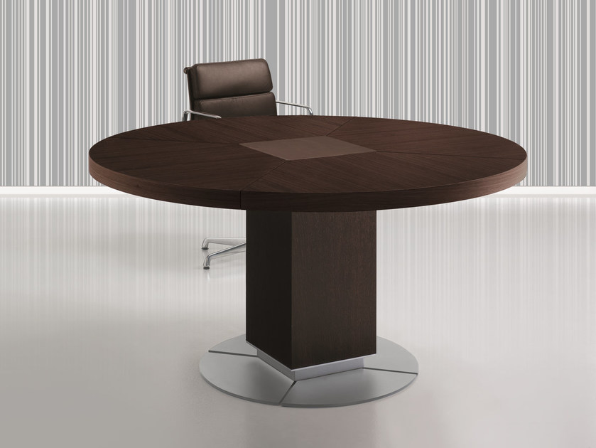 Round meeting table TAIKO | Round table by ARTOM by Ultom
