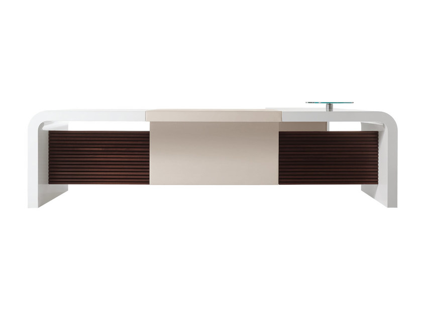Sectional executive desk TAU | Office desk by ARTOM by Ultom