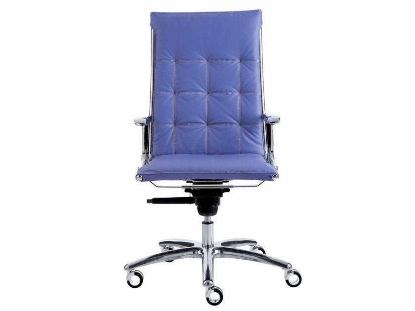 Height-adjustable leather executive chair with 5-spoke base with casters TAYLORD QUILTED | Executive chair - Luxy