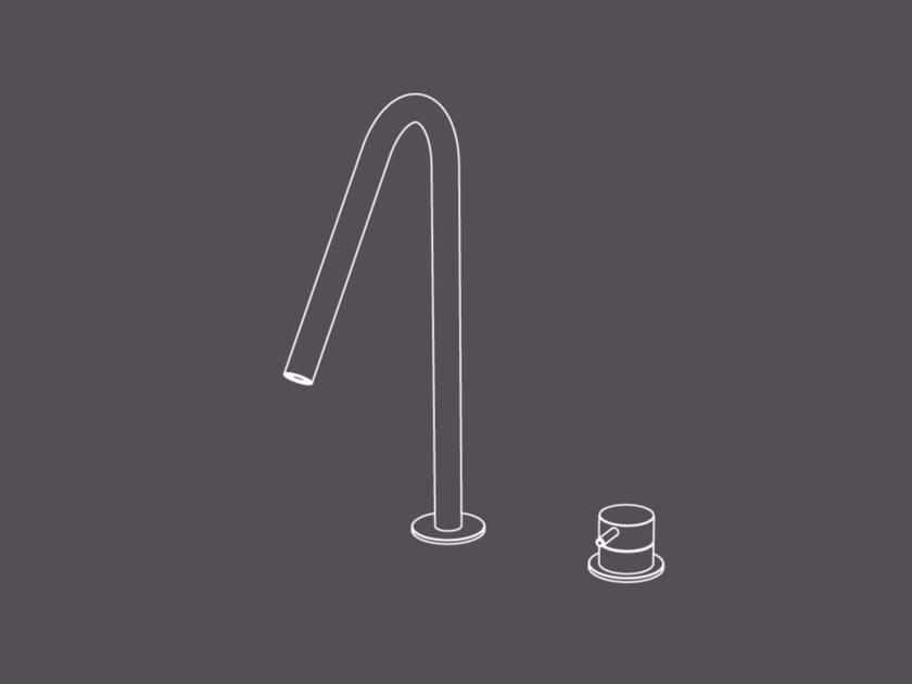 Miscelatore per lavabo a 2 fori da piano in acciaio inox con bocca orientabile TKI31 | Miscelatore per lavabo by Radomonte