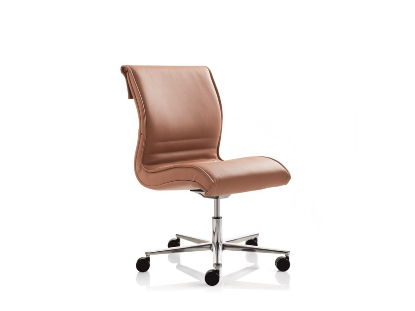 Swivel task chair with 5-Spoke base PULCHRA | Swivel task chair - Emmegi