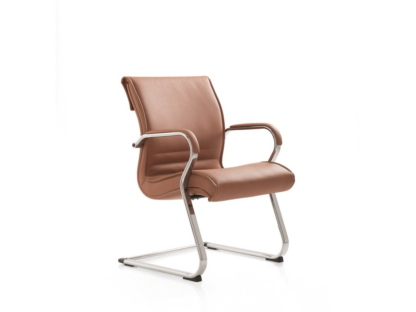 Cantilever leather training chair with armrests PULCHRA | Training chair with armrests by Emmegi