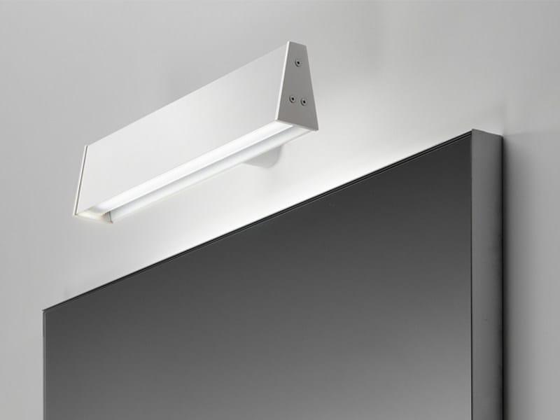 LED adjustable aluminium wall light Tratto - PURALUCE