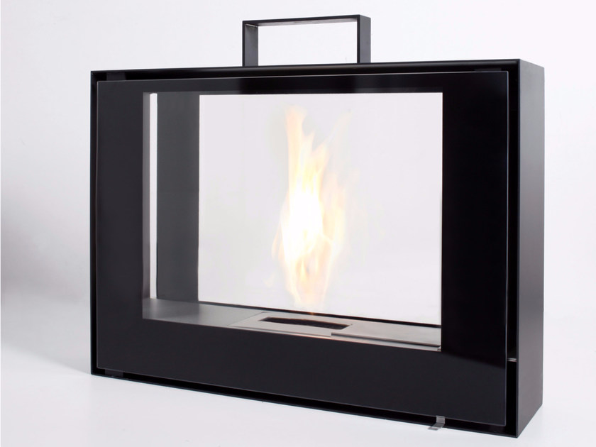 Freestanding bioethanol fireplace with panoramic glass TRAVELMATE - conmoto by Lions at Work