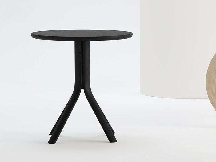 Round solid wood table TREE by SIPA