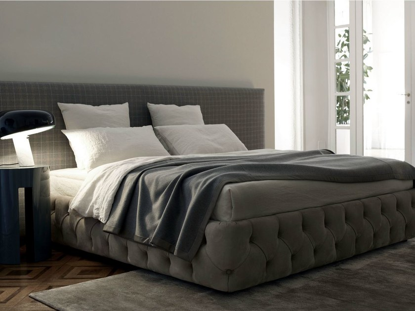 Double bed with removable cover TUYO by Meridiani