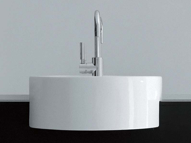 Semi-inset ceramic washbasin TWIN SET 42 | Semi-inset washbasin by CERAMICA FLAMINIA