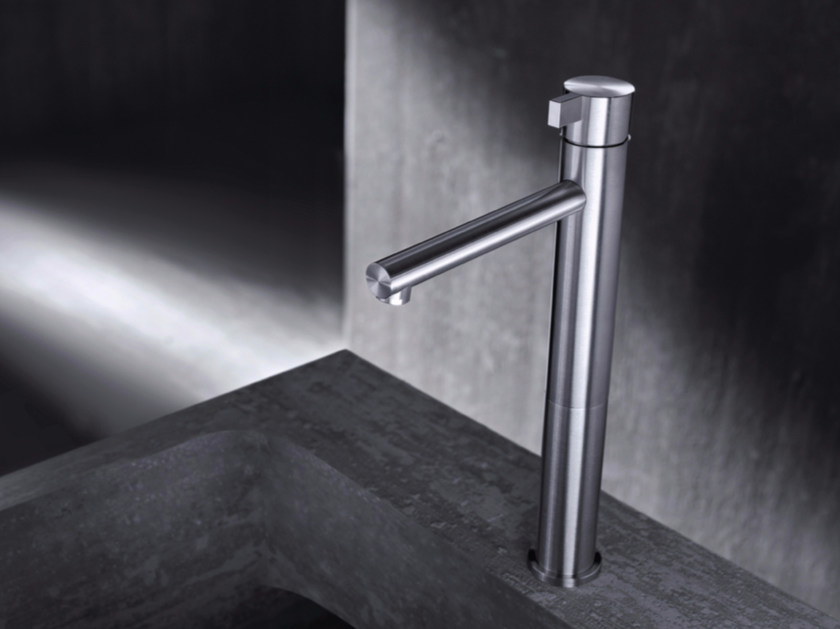 Countertop single handle stainless steel washbasin mixer TXQ3 | Washbasin mixer by Radomonte