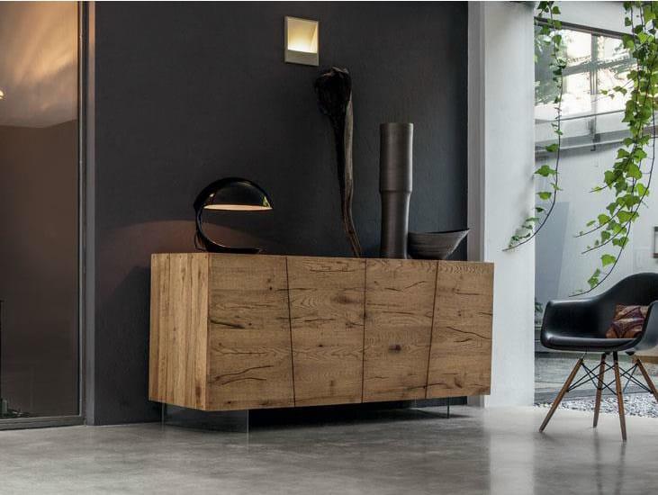 Madia in legno massello unika madia devina nais for Mobili da ristorante di design