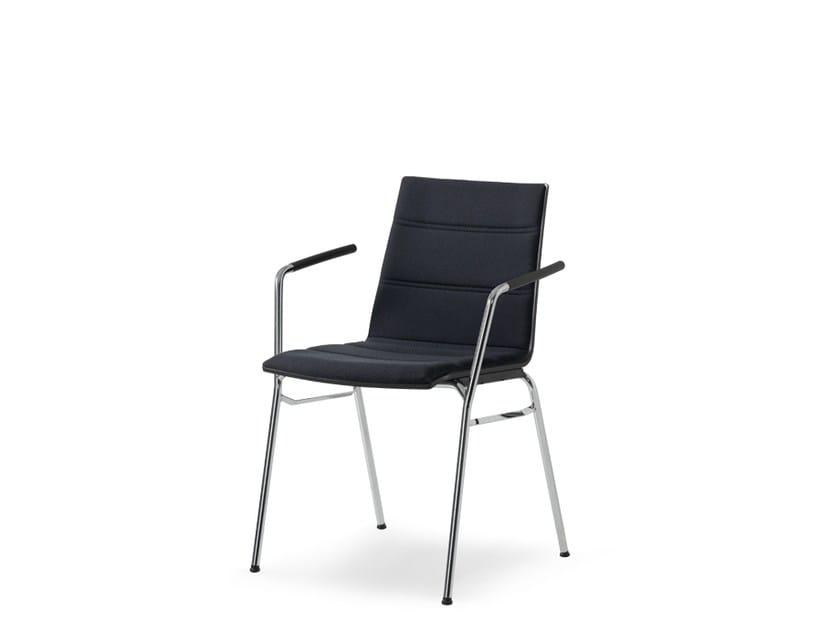 Sedia da conferenza impilabile in tessuto con braccioli UPDATE | Sedia da conferenza in tessuto - Wiesner-Hager