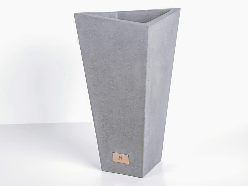 Cement vase MINSHAPE   Vase by Baltic Promo
